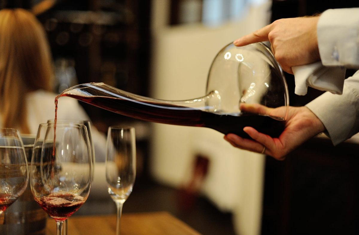 20 Leading Sommeliers In China To Watch Out For